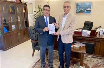 سفير مصر بالكويت يستقبل مستشار المجلس الوطني للثقافة