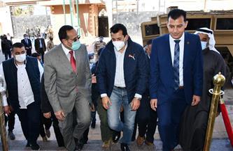 وزير الشباب والرياضة يصل إلى مدينة العريش لبحث التعاون مع اليونيسيف