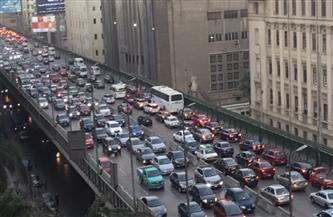 كثافات مرورية بمعظم طرق ومحاور القاهرة