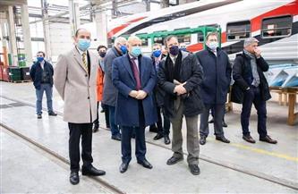 سفير مصر بالمجر يشارك في مراسم الاحتفال بتوريد الدفعة الأولى من عربات القطارات لهيئة السكة الحديد