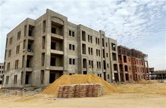 الانتهاء من الهيكل الخرساني وأعمال البناء وبدء التشطيبات لـ٥١٢ وحدة بالإسكان المتميز بالفشن الجديدة|صور