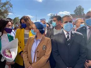 """وزيرتا الهجرة والبيئة ومحافظ الغربية يطلقون حملة تحويل """"صفط تراب"""" إلى قرية مستدامة   صور"""