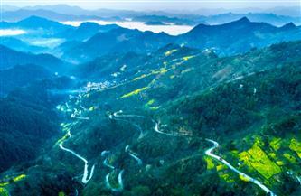 إعادة بناء حوالى 60 ألف كيلومتر من الطرق السريعة في المناطق الفقيرة بالصين