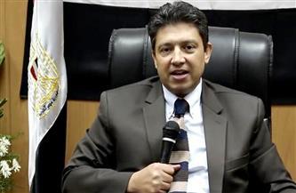 رئيس جامعة دمياط يتفقد معامل كلية الطب