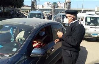 محافظ القاهرة: سحب رخص جميع السيارات المخالفة لتحقيق السيولة المرورية في الشوارع