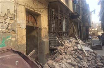 انهيار عقار في حي «باب الشعرية»