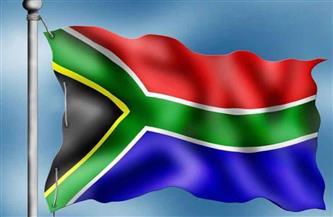 """جنوب إفريقيا تقرر إعادة فتح الحدود البرية وعودة المدارس بعد تراجع إصابات """"كورونا"""""""