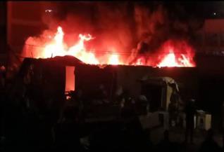 نشوب حريق داخل مستودع خردة بطنطا