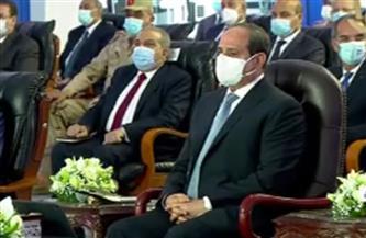 """الرئيس السيسي يشاهد فيلما تسجيليا بعنوان """"أبواب الأمل"""" عن المبادرات الرئاسية فى قطاع الصحة"""