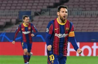«ميسي» يتصدر قائمة الهدافين ويقود برشلونة للفوز على إلتشي