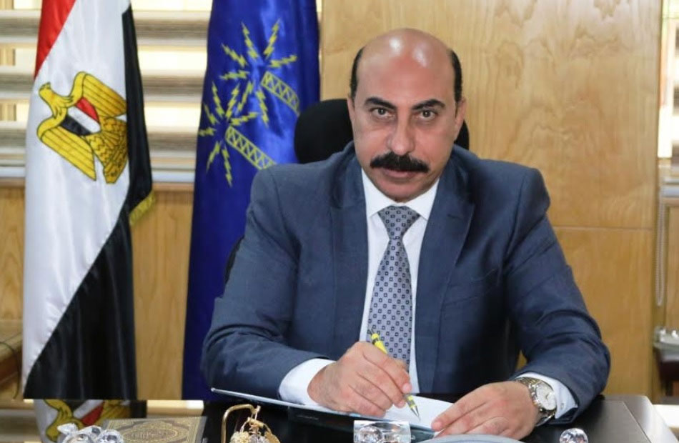 محافظ أسوان يوجه بإصلاح وصيانة خط الصرف الصحي بشارع أبو شوك ودهان