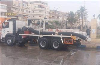 نشر سيارات شفط المياه في شوارع بورسعيد والسويس والإسماعيلية| صور