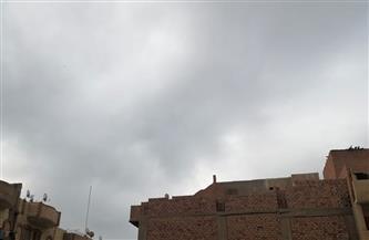 رياح باردة وسحب متوسطة وكثيفة في سماء الفيوم  صور