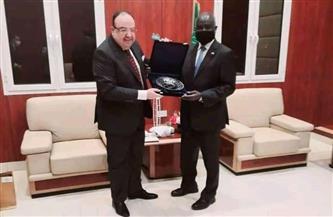 سفير مصر لدى الخرطوم يبحث مع وزير المالية السوداني التعاون المشترك