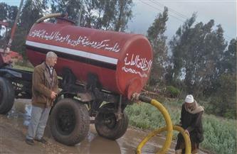 لليوم الثالث على التوالي.. جهود بكفر الشيخ لشفط مياه الأمطار | صور