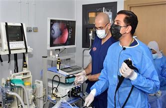 تدريب 2500 طبيب.. وإجراء 16 حالة مناظير تداخلية معقدة «أون لاين» لأول مرة |صور