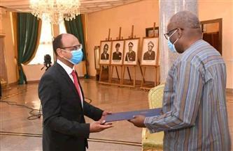 سفير مصر في واجادوجو يُقدم أوراق اعتماده للرئيس البوركيني|صور