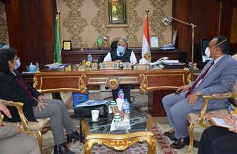 ضمن-مبادرة-الرئاسة-محافظ-المنيا-يناقش-خطة-تطوير--قرية-بتكلفة--مليار-جنيه