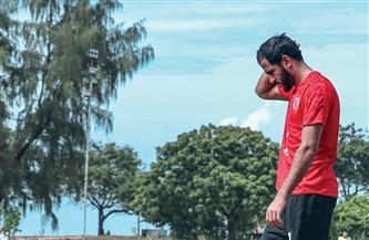 مروان محسن يغادر تقسيمة الأهلي بسبب كدمة في القدم