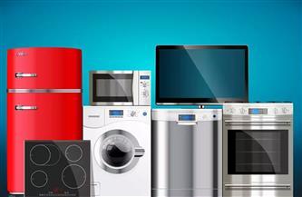 تجار الأجهزة الكهربائية المشاركون في مبادرة «ميغلاش عليك» يناقشون أسلوب حساب القيمة المضافة