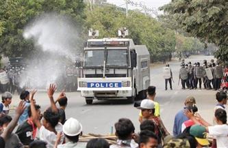 قتيلان وعشرات الجرحى برصاص الشرطة بتظاهرة في بورما