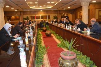 محافظ الغربية يستعرض تنفيذ خطة التطوير مع أعضاء مجلس النواب
