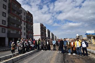 زيارات ميدانية لشباب بورسعيد للمشروعات التنموية والسكنية | صور