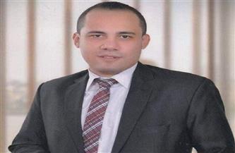 """محمد مخلوف يجسد 3 شخصيات في مسرحية """"عصابة عزوز وسكر""""   صور"""