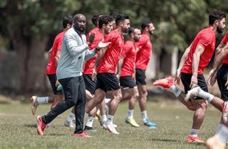 لاعبو الأهلي يستكشفون نقاط القوة والضعف في سيمبا التنزاني بالفيديو