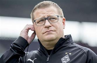 المدير الرياضي لومنشنجلادباخ يستبعد الاستغناء عن المدير الفني