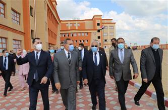 محافظ كفر الشيخ ونائب وزير التعليم يفتتحان المدرسة الدولية للغات | صور