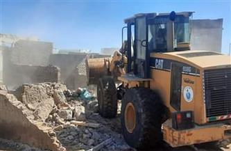 نقل 96 أسرة من المناطق ذات الخطورة إلى مساكن بديلة برأس غارب   صور