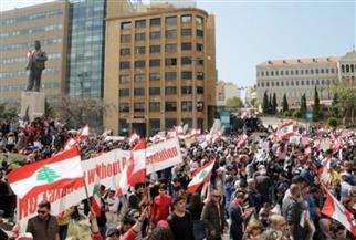 لبنانيون يعتصمون للمطالبة بتحقيق شفاف في قضية انفجار ميناء بيروت