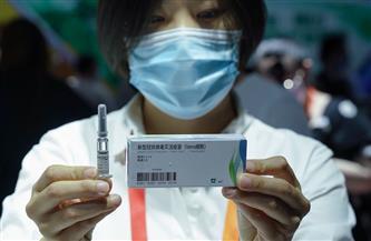 """""""في الواحدة صباحًا"""" مطار القاهرة يستقبل 300 ألف جرعة من لقاح فيروس كورونا الصيني"""