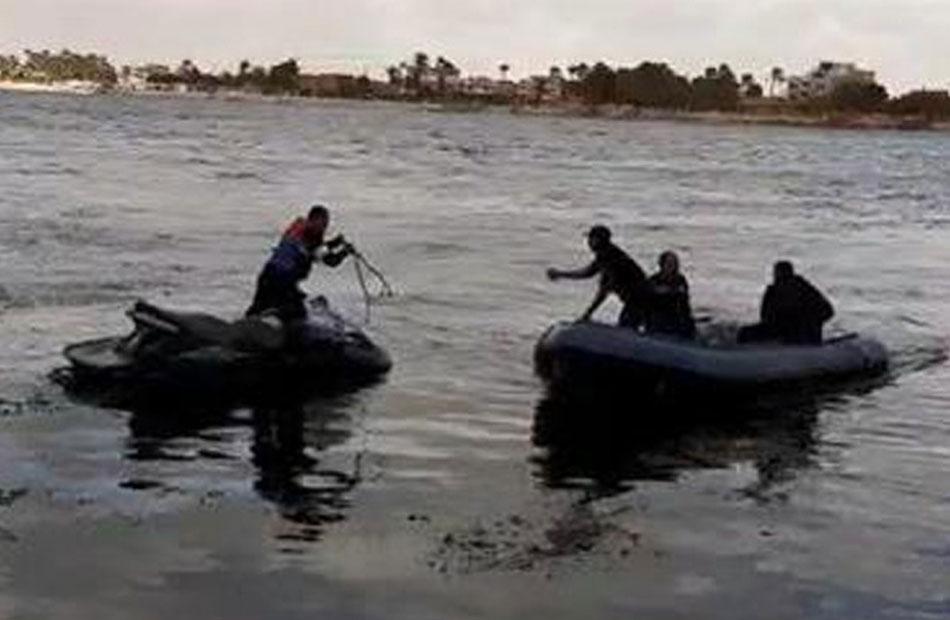 قوات الإنقاذ النهري بقنا تواصل البحث عن ضحايا ومصابين فى حادث بترعة