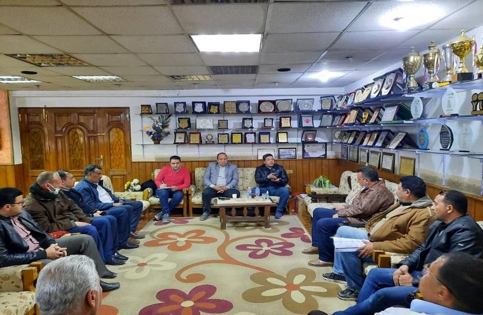 وفد وزارة الشباب والرياضة في يتفقد مراكز شباب المنيا