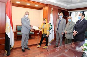 محافظ سوهاج يكرم ذوي الهمم الفائزين في بطولة الجمهورية لألعاب القوى| صور