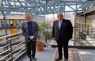 مندوب مصر بالأمم المتحدة يناقش آفاق التعاون بين مصر ومفوضية اللاجئين