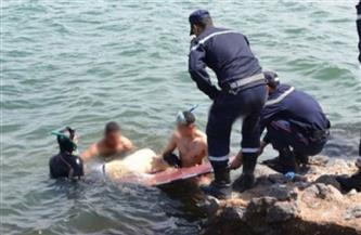 ملحمة بين المدنيين ورجال الإنقاذ لمحاولة انتشال ضحايا حادث مركب مريوط| فيديو