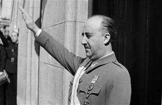 """إزالة آخر تمثال للديكتاتور فرانثيسكو فرانكو في """"يوم تاريخي"""" لإسبانيا"""