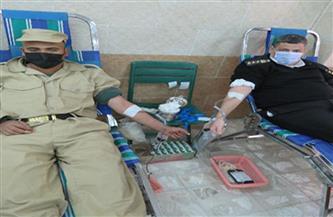 """""""أمن القاهرة"""" تنظم حملة للتبرع بالدم بمشاركة الضباط والأفراد والمجندين"""