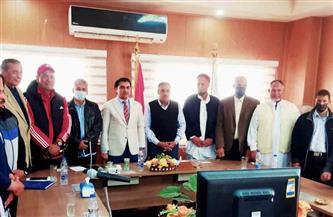 محافظ مطروح يلتقي رئيس الاتحاد المصري للميني فوتبول | صور