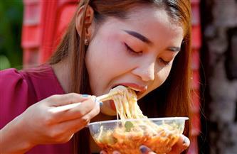 استشاري تغذية تحذر من الإسراف في أكل المكرونة وتطرح روشتة لتقوية المناعة | فيديو
