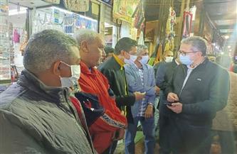 وزيرا الآثار والطيران يتفقدان السوق السياحية بمدينة الأقصر