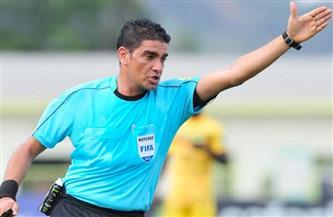 إبراهيم نور الدين يدير مباراة سيراميكا والمصري في الدوري الممتاز