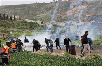 فلسطين: إصابات بالاختناق خلال قمع الاحتلال مسيرة سلمية شرق رام الله
