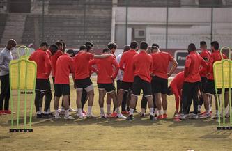«موسيماني» يعقد محاضرة فنية مع لاعبي الأهلي