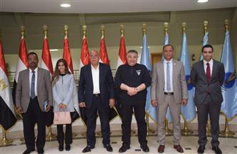 محافظ البحر الأحمر يبحث مع أعضاء مجلس النواب عددا من المشكلات وسبل حلها