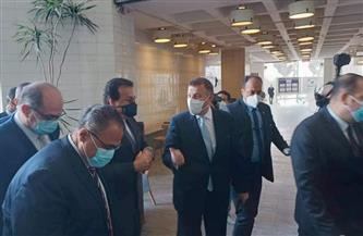 وزير التعليم العالي يتفقد كلية طب الأسنان بجامعة عين شمس   صور