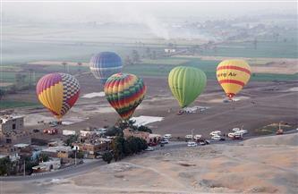 انطلاق 6 رحلات بالون طائر في سماء الأقصر